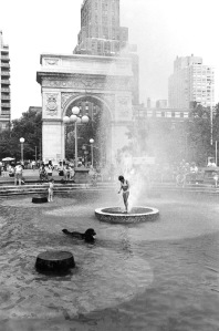 G Forss Wash Sq fountain 1978