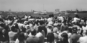 G Forss  1983 Liberty Statue Centenial crowd001