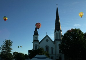 G Forss Five Balloons over UP Church  Cambridge 2014