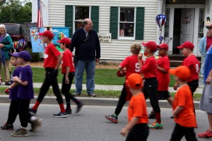 G Forss  Memorial parade  Red shirts team small file