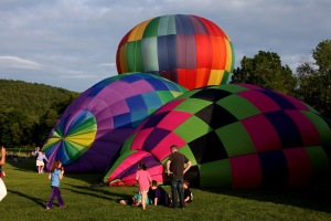 G Forss  Hot Air Balloons A family affair small file