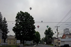 G Forss  Seven balloons over my town small file