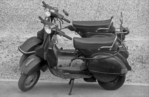 G Forss Motor skooters Amore Paris 1994
