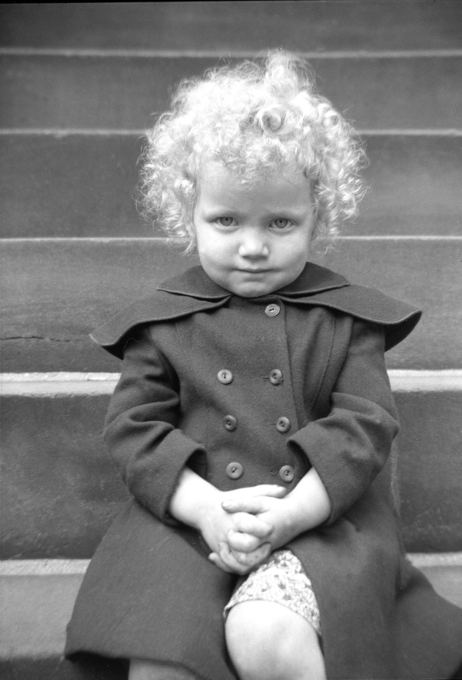 Norma Forss - Little Girl on steps001